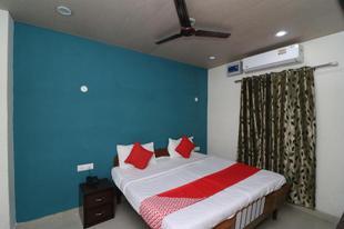 OYO 36534 Hotel Mango