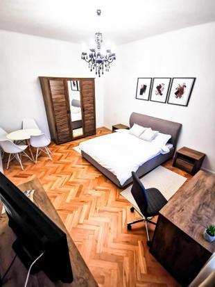 Horea Luxury 2-Bedroom Apartment, Free Parking, 5-minute walk City Center