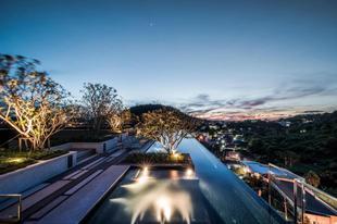 布吉鎮基地高度便捷豪華的1室公寓 - 帶游泳池健身房購物The Base Heights - Phuket town convenient luxury one bedroom apartment, pool, gym and shopping!