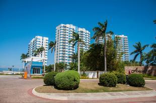麥克坦海濱公寓酒店Mactan Seaside Apartments