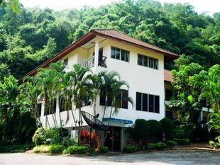 考艾華納利飯店Khao Yai Wanalee