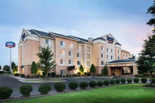康威萬楓套房飯店Fairfield Inn & Suites Conway