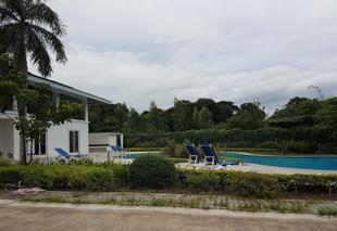 菲律賓八打雁市鵬特菲諾飯店