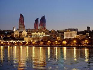 費爾蒙特巴庫 - 火焰塔飯店 Fairmont Baku, Flame Towers