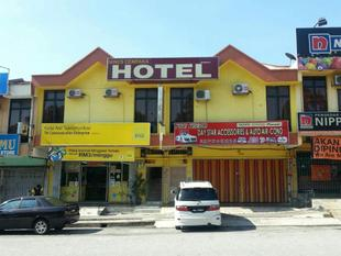 邁恩斯瑟姆帕卡飯店Mines Cempaka Hotel