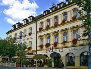 塞斯卡克魯納酒店