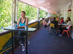 阿德萊德背包客旅館Adelaide Travellers Inn Backpackers