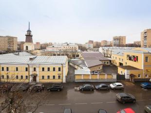 伏芝卡亞如家公寓LikeHome Apartments Frunzenskaya