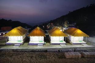 Mountain retreat camp