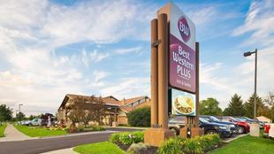 最佳西方PLUS霍蘭德套房旅館Best Western Plus Holland Inn and Suites