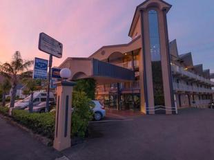 皮克頓比奇科默飯店 (Beachcomber Inn Beachcomber Inn (Picton)