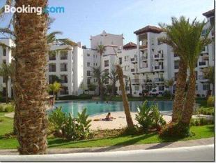 盧克索馬里納阿加迪爾大公寓酒店