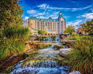 湖邊別墅Spa度假酒店