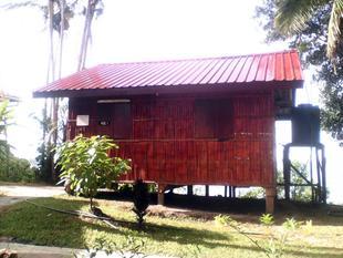 新邦曼加伊亞木屋 Simpang Mengayau Chalet