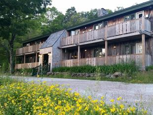 Lotus Mountain Retreat