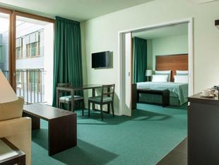 柏林快船城市家庭式公寓酒店