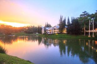 布魯克賽德山谷度假村Brookside Valley Resort