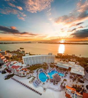 坎昆大公園皇家飯店 - 全包式Grand Park Royal Cancun - All Inclusive