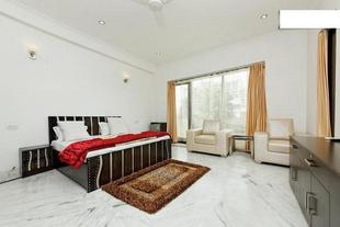 1 BR Guest house in South City 2, Gurgaon (A948), by GuestHouser