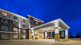最佳西方Plus拉孔布套房旅館Best Western Plus Lacombe Inn Suites