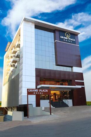 廣場大飯店Grand Plaza Hotel