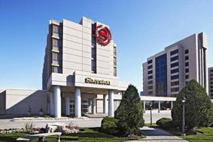 多倫多北公園大道喜來登套房飯店Sheraton Parkway Toronto North Hotel & Suites