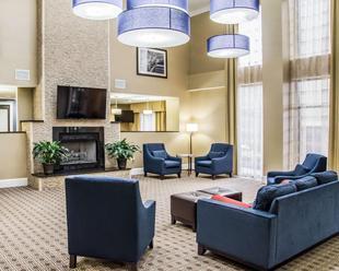 凱富套房飯店 - 大學科研園Comfort Suites University - Research Park
