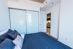 格拉德斯通套房公寓- 多倫多中央