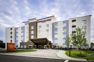 埃姆斯唐普雷斯套房飯店 TownePlace Suites Ames