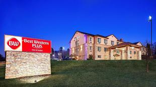 最佳西方PLUS皇家山套房旅館Best Western Plus Royal Mountain Inn and Suites