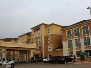 最佳西方Plus南艾德蒙頓套房旅館Best Western Plus South Edmonton Inn and Suites