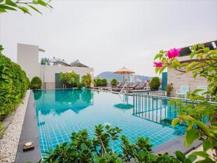 普吉島蔚藍邦格拉飯店Azure Bangla Phuket