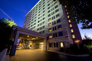 NY-JFK牙買加女王漢普頓酒店