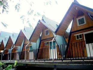 玉蘭山徑小木屋Green Roof Inn