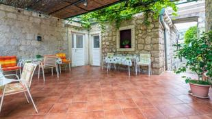 villa gverovic-twin room with external bathroom 1 and sea view