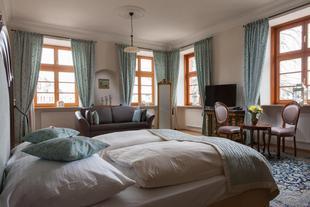 格爾岑宮酒店