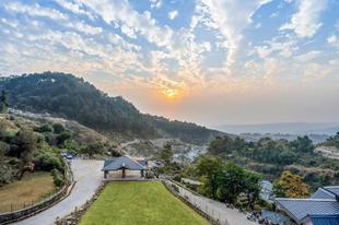 達蘭薩拉尼巴納豪華度假村Nibaana - A Luxury Resort in Dharamshala