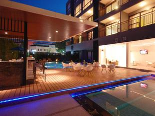 芭東彩灯度假村The Lantern Resorts Patong