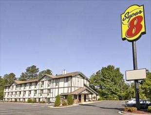 斯普林萊克 - 布拉格堡速8飯店Super 8 By Wyndham Spring Lake/ Fort Bragg