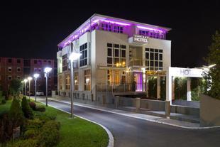 加爾尼K公寓式酒店
