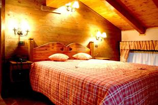 小房子旅館
