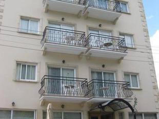 奇立樂柯寓式酒店 Chrielka Hotel Suites