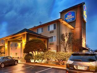 最佳西方PLUS卡斯喀得套房旅館Best Western Plus Cascade Inn and Suites