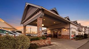 最佳西方Plus灣岸旅館Best Western Plus Bayshore Inn