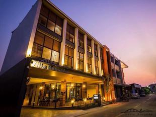蘭邦瑞薩達娜卡儂旅館