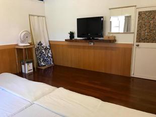 小琉球小屋套房 - 18平方公尺/1間專用衛浴30 secs to Sea Turtles - Comfy Dorm Quad Room