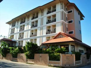 娜拉瓦飯店Narawan Hotel