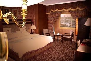 薩拉亞塔巴酒店