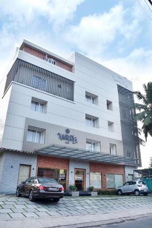 NAVARATNA INN - A LUXURY HOTEL