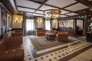 阿格拉婭庭院酒店